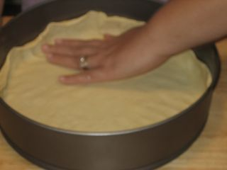 Adjust pastry sheet in pan