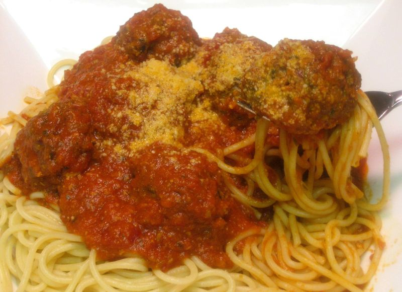 Melt-in-the-mouth meatballs with an excellent Marinara sauce