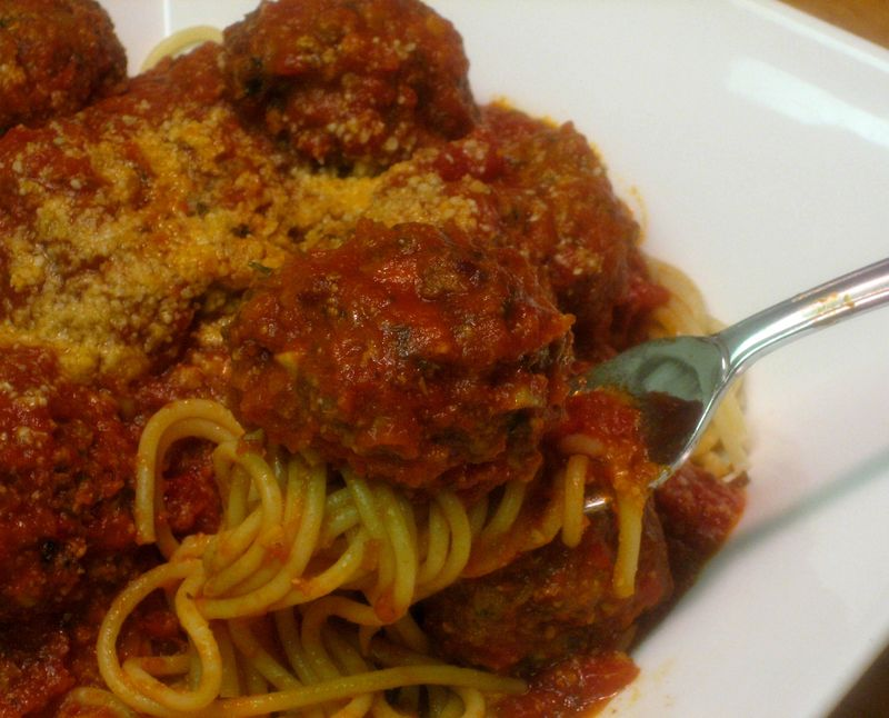 Melt-in-the-Mouth meatballs with Marinara sauce