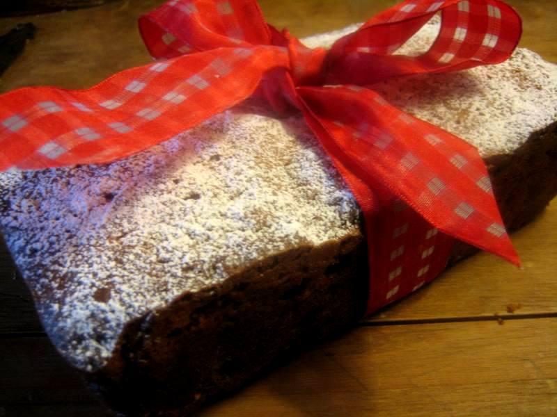 Cherry Raisin Cake
