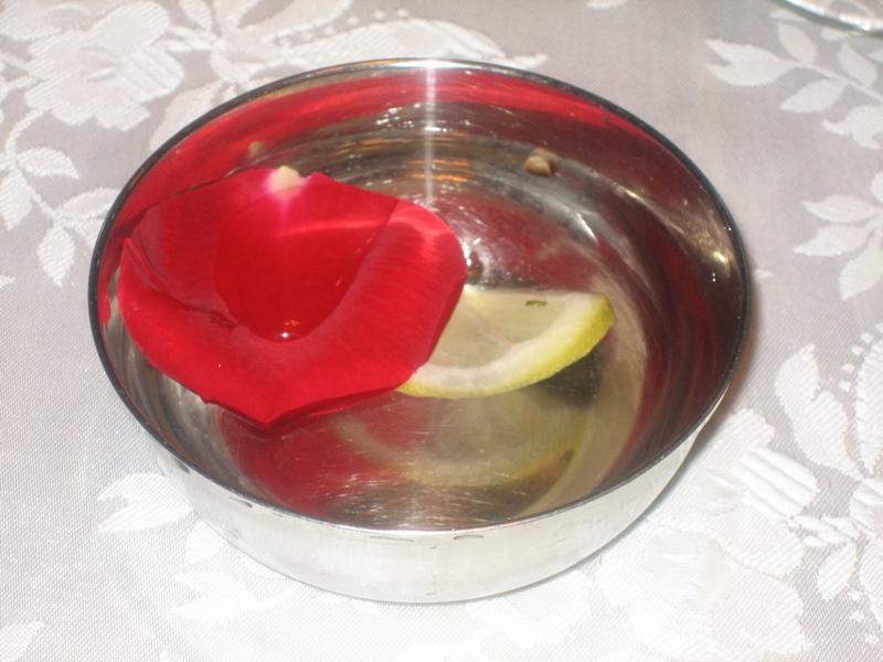 finger bowls