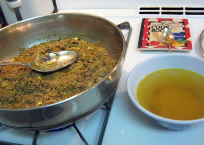 Kheema - Separate the broth from the meat