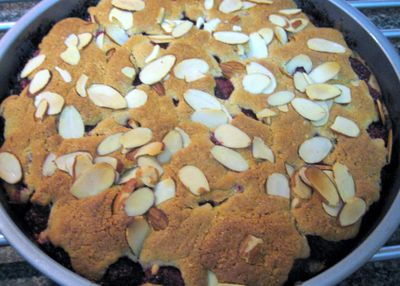 Raspberry & Almond Cake - Out of the oven