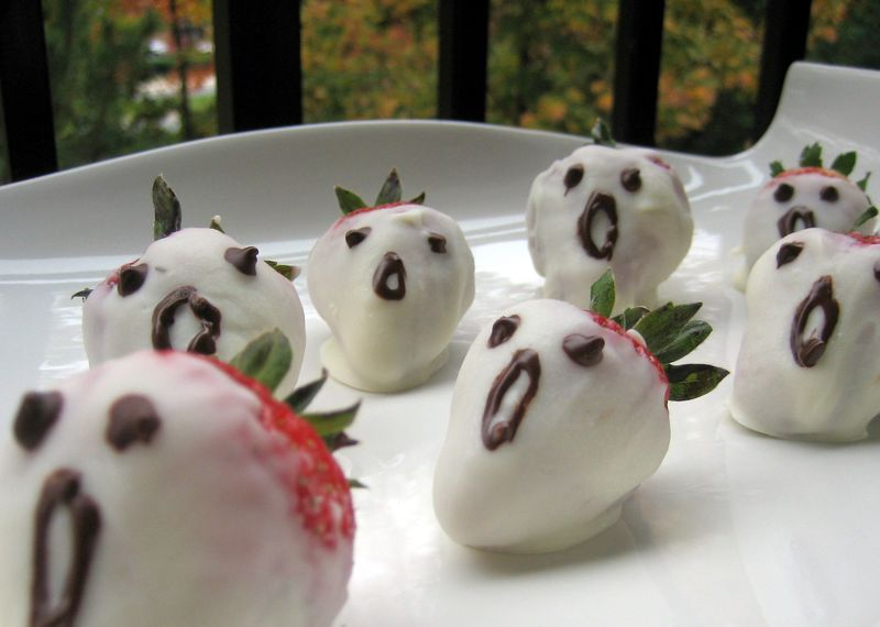 Ghostly strawberries 2