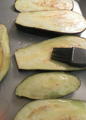 Pasta Alla Norma - oil eggplant