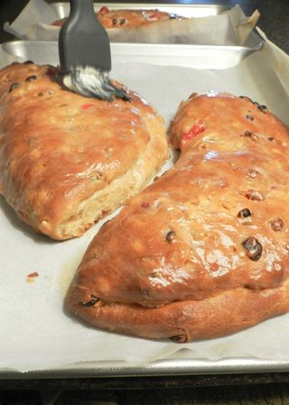Stollen- paint hot with butter