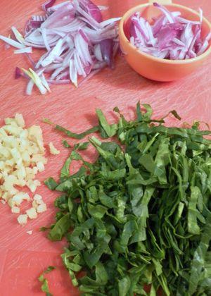 Spinach Pakoras - Prepare Ingredients