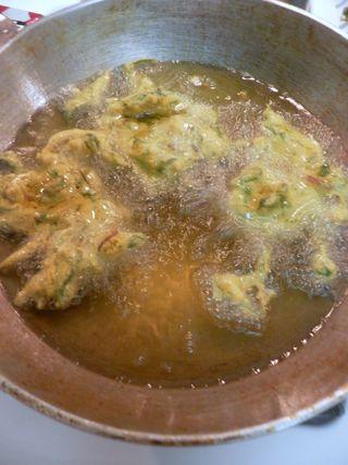 Spinach Pakoras - Deep fry pakoras