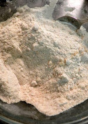 Raspberry, almond,buttermilk cake - Combine flour & meal
