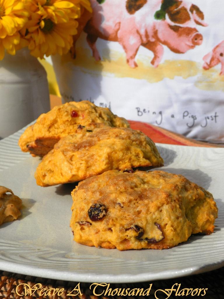 Pumpkin Cranberry Scones with pumpkin maple butter2