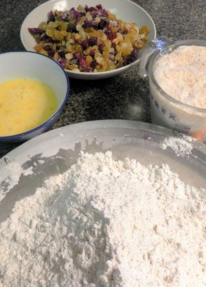 Loaded Hot Cross Buns - Add ingredients to flour