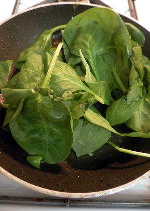 Butternut Squash & Spinach Quiche - Wilt spinach