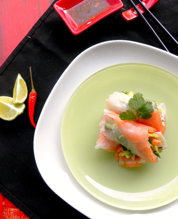 Spicy Salmon Summer Rolls with Wasabi Jalapeno Mayonnaise & Sriracha Dipping Sauce-01