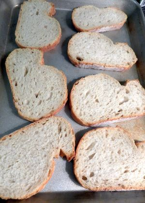 Toasts - 01