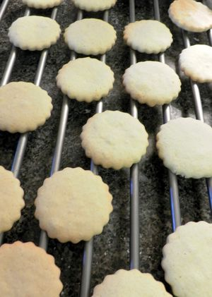 Alfajores - Cool on baking rack