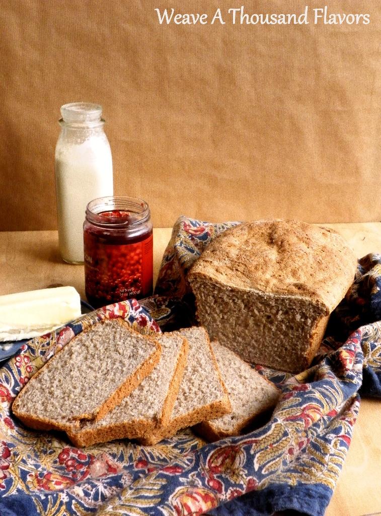 Crunchy Corn, Semolina & Sesame Loaf -01a