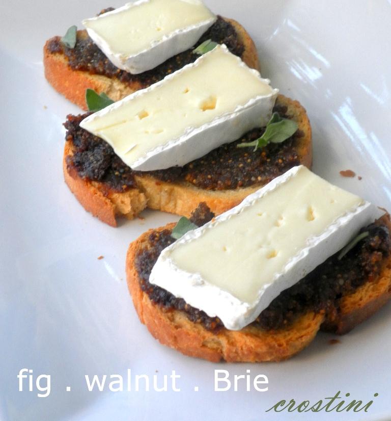 Fig Walnut Brie crostini-01